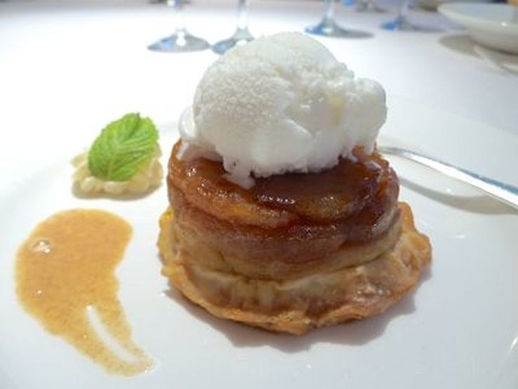 apple tart tatin with ice cream and apple puree on the Golden Princess - photo Liz Posmyk, Good Things