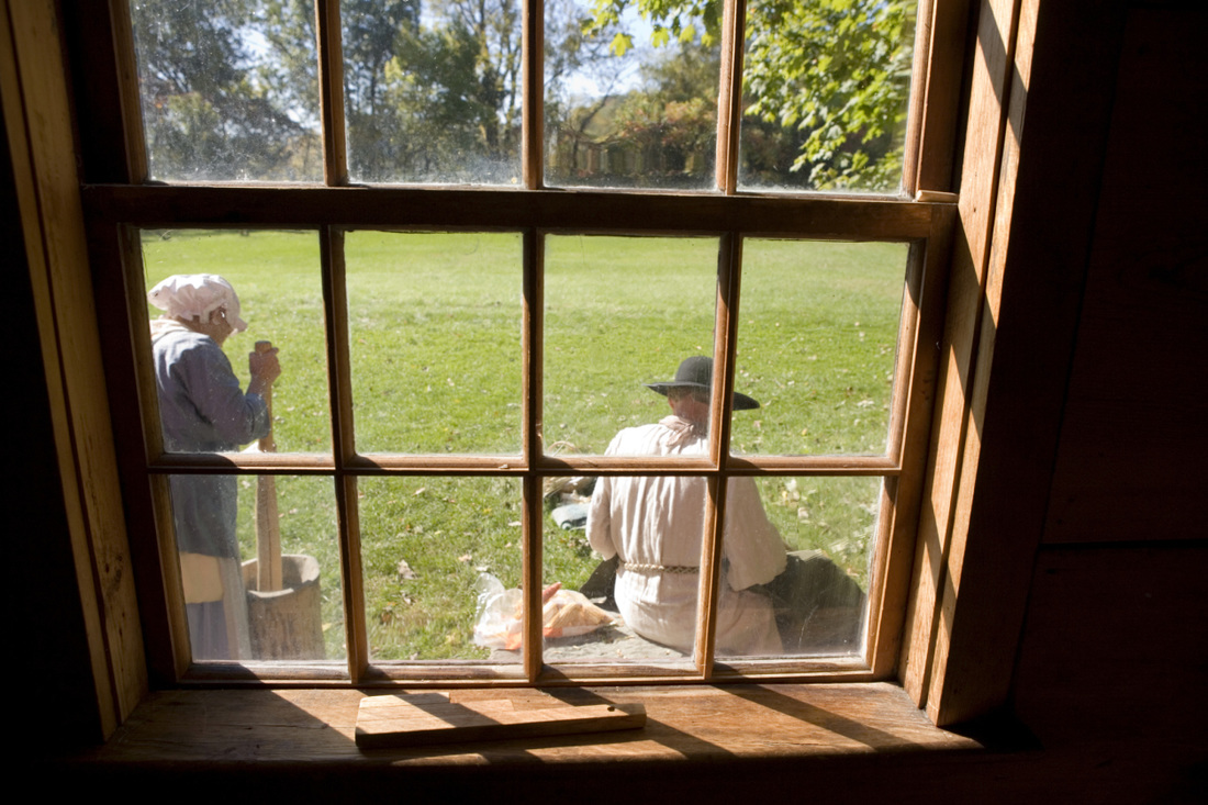 Experience life in Colonial times at Cooma Cottage Yass - image Good Things