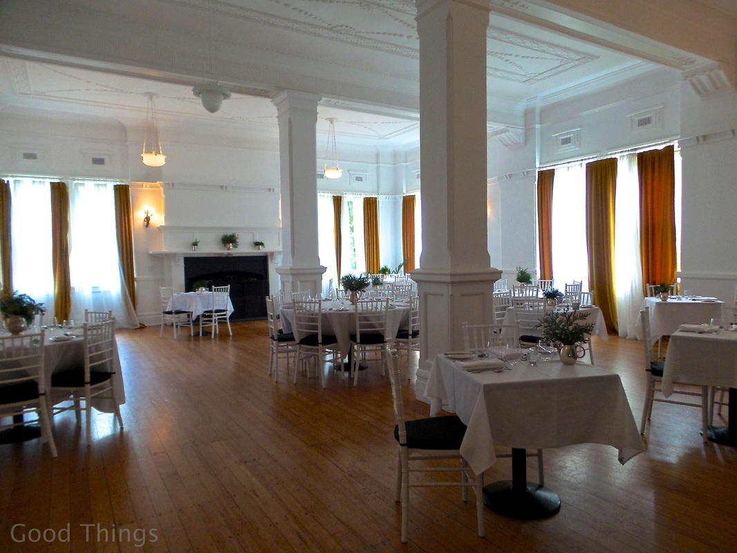 The White Dining Room at The Robertson Hotel