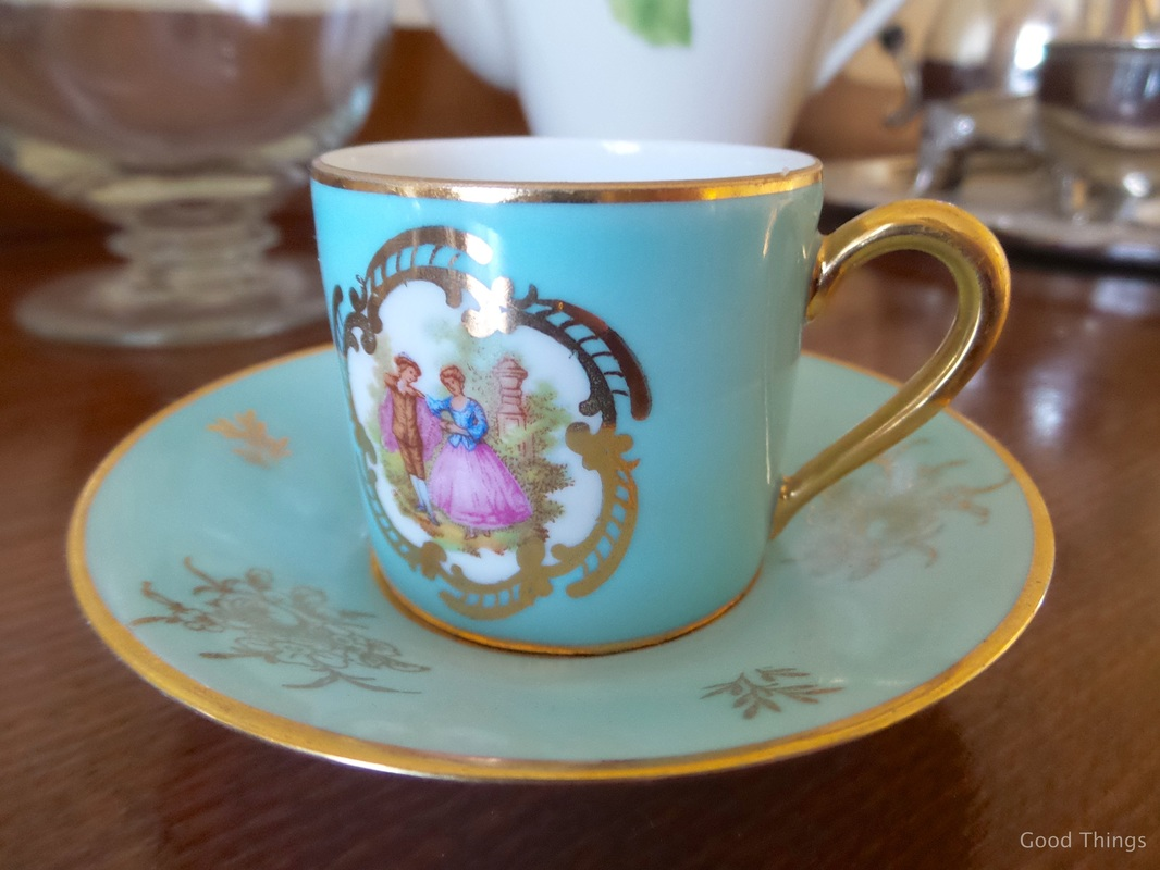Coffee cup t Laurel View farm stay in the NSW Southern Highlands by Liz Posmyk Good Things