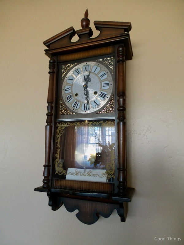 Old clock at t Laurel View farm stay in the NSW Southern Highlands by Liz Posmyk Good Things