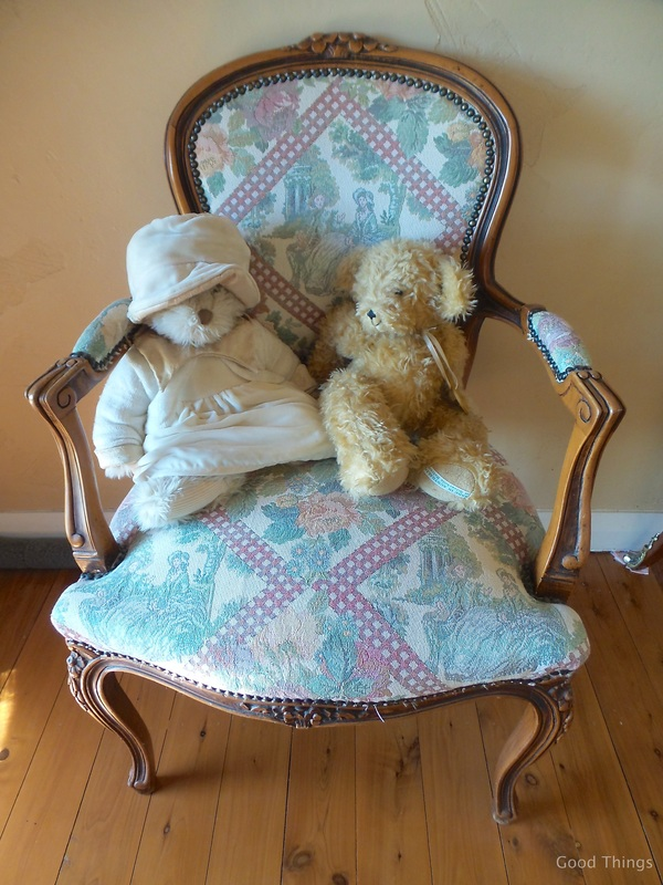 Paddington and teddy t Laurel View farm stay in the NSW Southern Highlands by Liz Posmyk Good Things