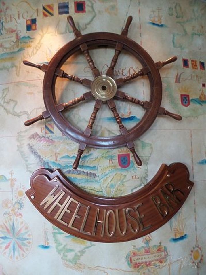 The Wheelhouse Bar on board the Golden Princess - photo Liz Posmyk, Good Things