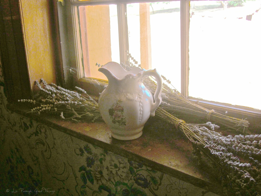 Water pitcher and lavender sprays on windowsill at Cooma Cottage - Liz Posmyk Good Things