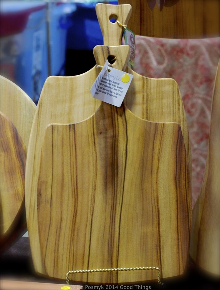 Wooden chopping boards at the Old Bus Depot Markets, photo by Liz Posmyk
