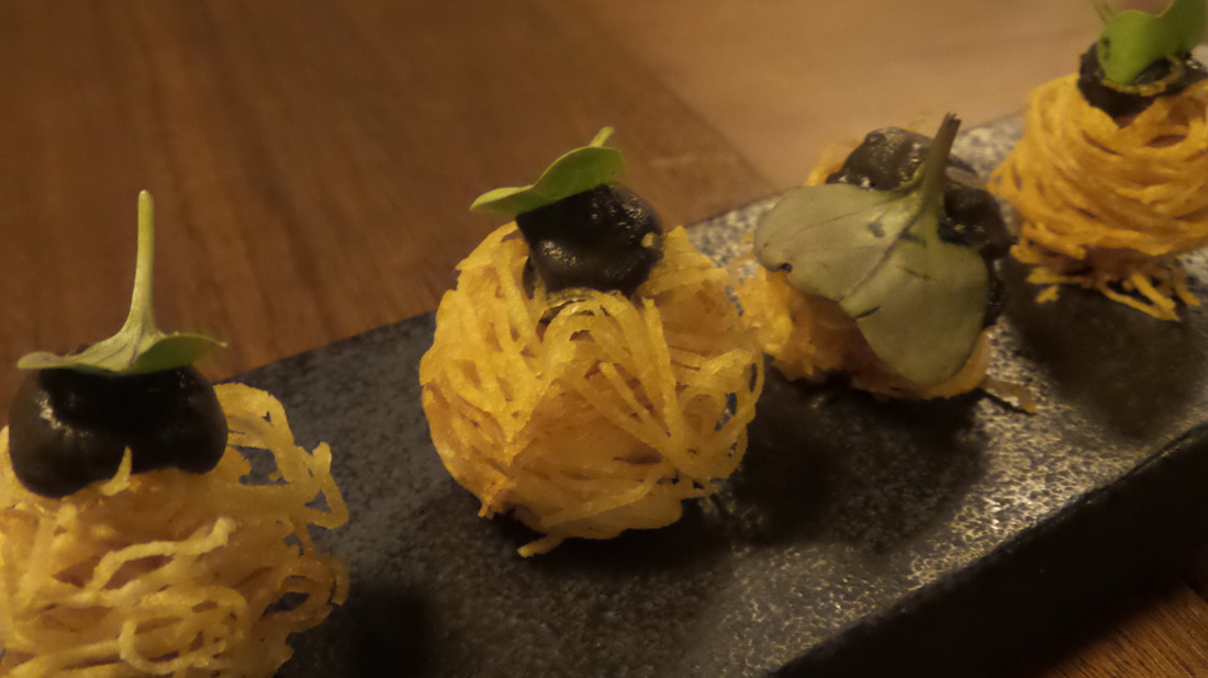 Crispy noodle baskets served as snacks at the Farmhouse Restaurant Pialligo Estate - photo by Liz Posmyk Good Things