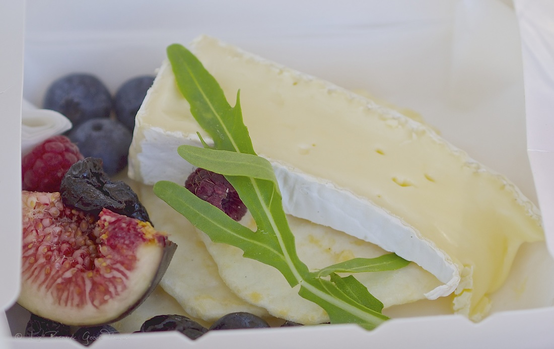 Figs, berries and cheese from Thyme to Taste - photo Liz Posmyk Good Things