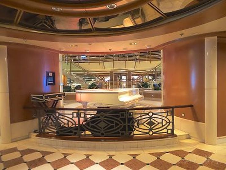 Grand piano in the atrium on the Golden Princess, photo Liz Posmyk Good Things