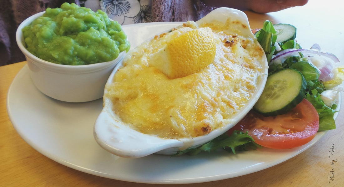 Fish pie with mushy peas a la Cornwall