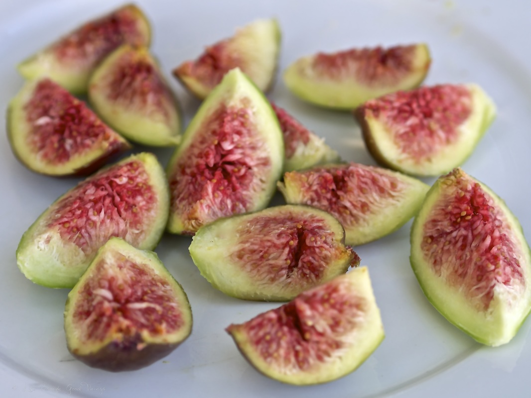 A plate of freshly picked figs from the garden at Cooma Cottage - photo by Liz Posmyk Good Things