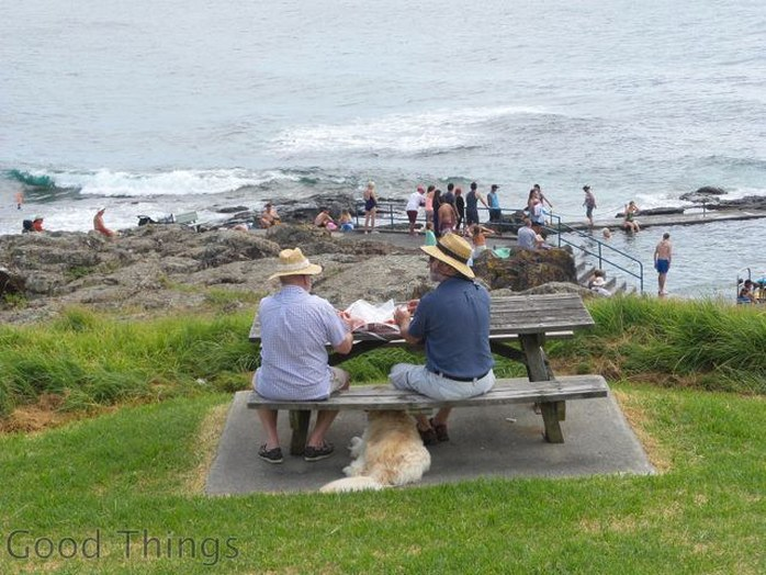 Picnic with a view to the rock pool at Kiama - Liz Posmyk Good Things
