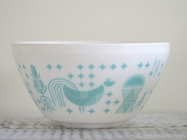 Vintage Charm by Pyrex 2