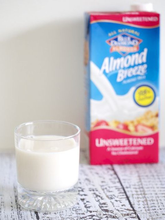 Almond milk - photo Liz Posmyk Good Things