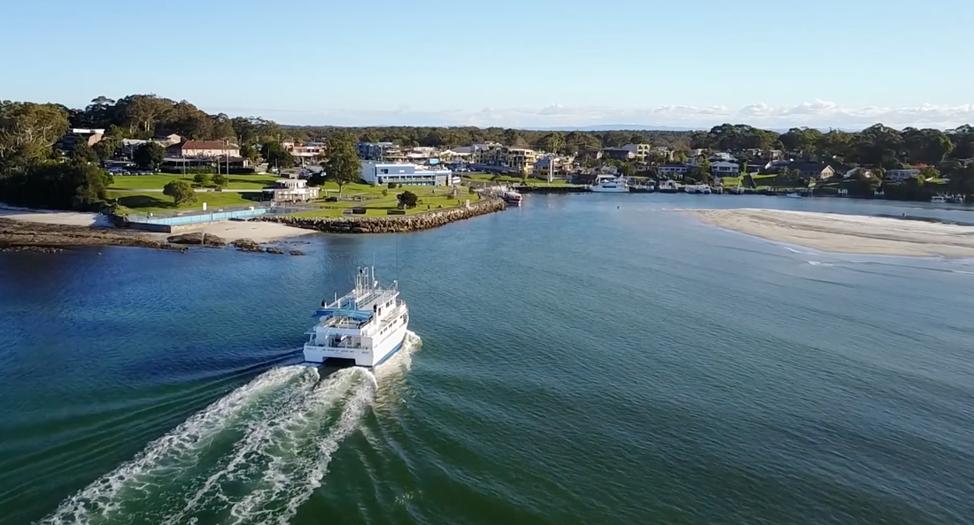 Huskisson in the heart of Jervis Bay - Shoalhaven Tourism