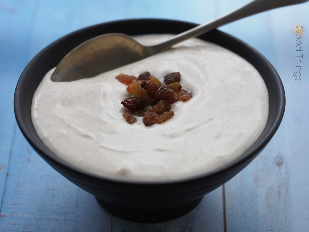 Hungarian creamed quark (túrókrém) with vanilla and sultanas - Liz Posmyk Good Things
